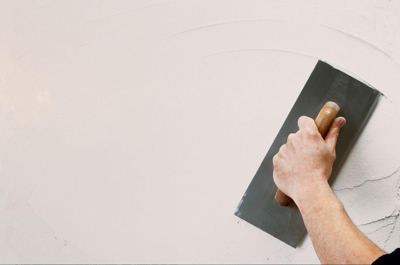 Декоративная шпаклевка стен под покраску своими руками видео