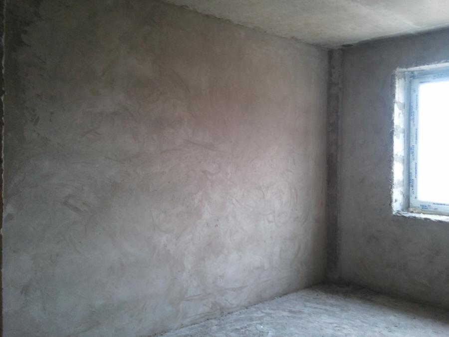 Штукатурим стены без маяков