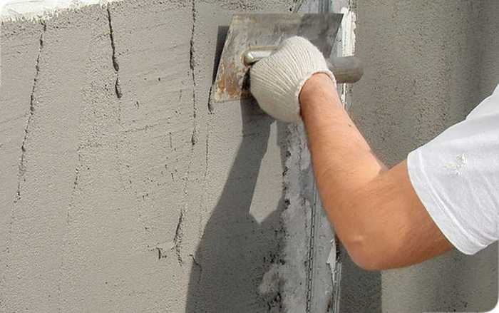 Штукатурка на основе цемента – часто применяемый вид отделки стен