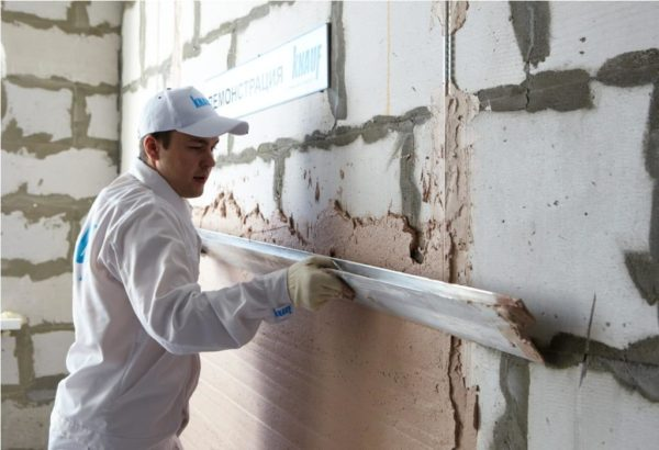 Штукатурка стен из газобетона