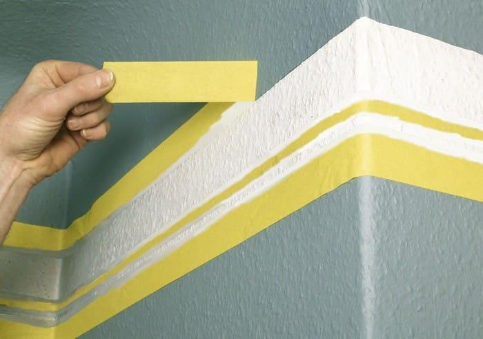 Использование малярной ленты при покраске стен