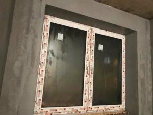 Помимо эстетической функции штукатурка улучшает эксплуатационные характеристики помещения