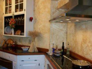 Венецианская декоративная штукатурка для кухни