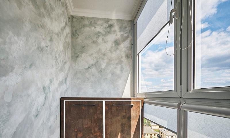 Венецианская штукатурка в интерьере балкона