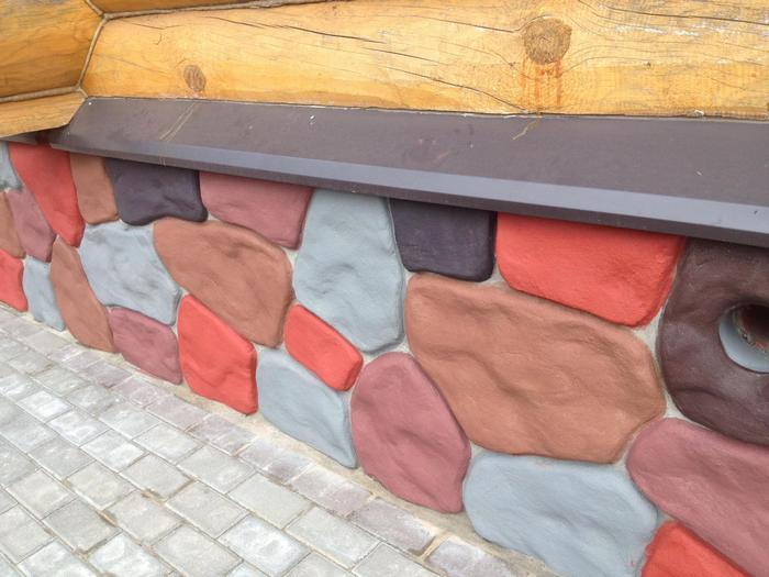 Цокольная краска служит для защиты и украшения верха основания