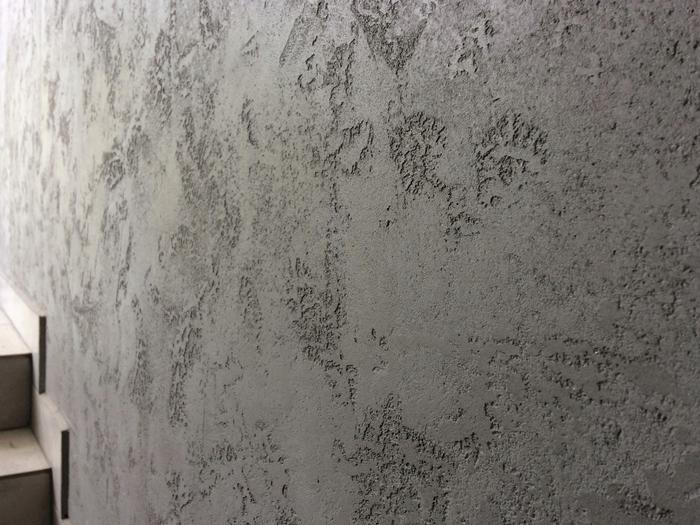 Штукатурка под бетон - универсальный материал для всех видов помещений