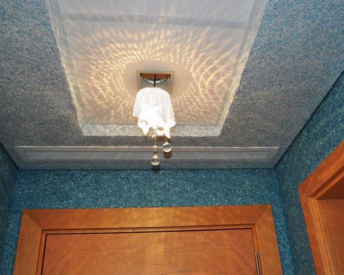 Срок службы флоковых покрытий на потолках выше, чем на стенах
