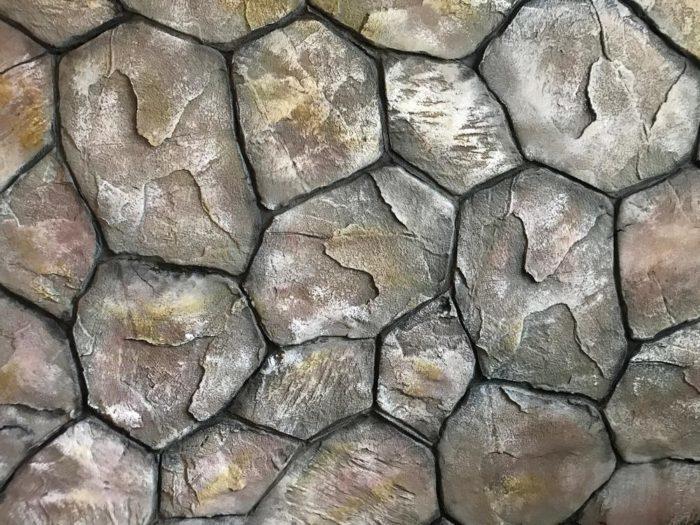 Рельефное покрытие возможно при большом слое – порядка 10-25 см