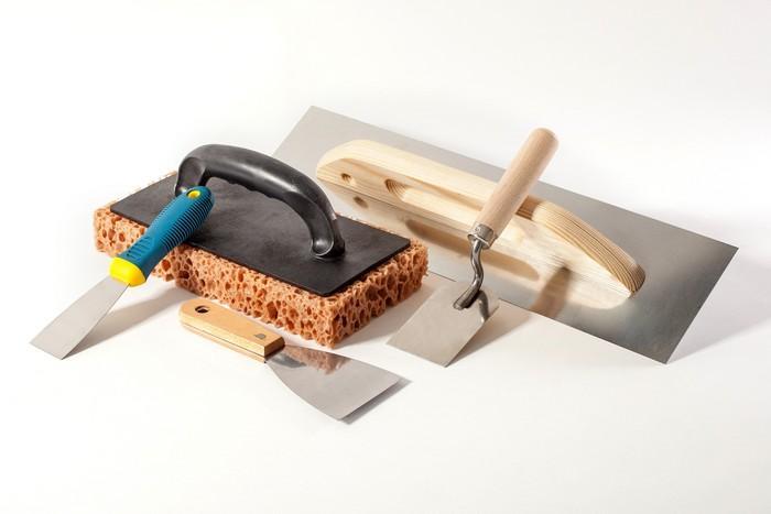 Вне зависимости от финишного результата, необходимые инструменты для шпаклевания одни