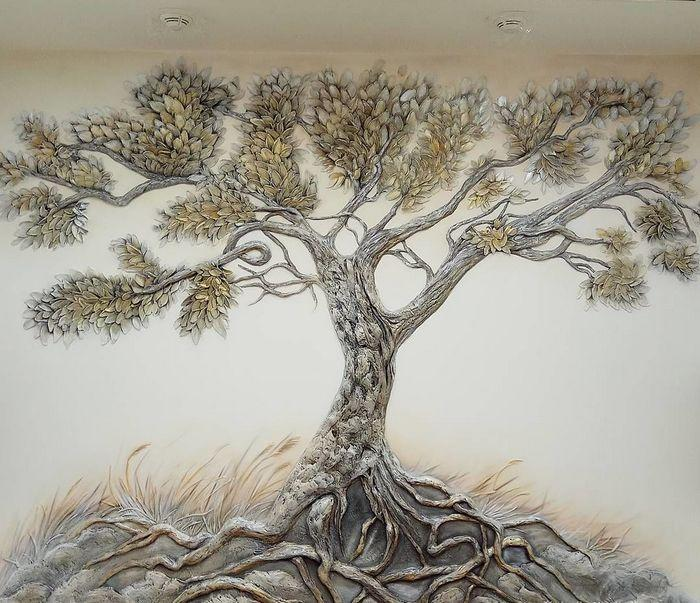 Барельеф дерево