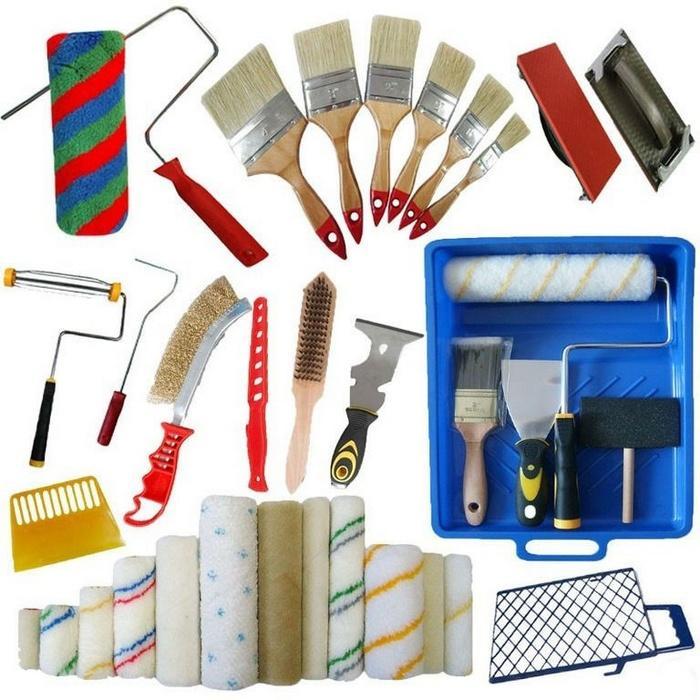 Для выполнения качественной покраски стен используются различные инструменты