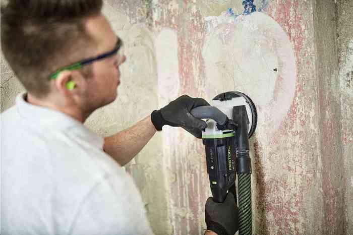 Механическая очистка выполняется с помощью специальных инструментов
