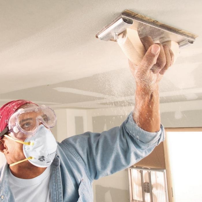 Правильно зашпаклевать потолок — это всего лишь половина делаПравильно зашпаклевать потолок — это всего лишь половина дела