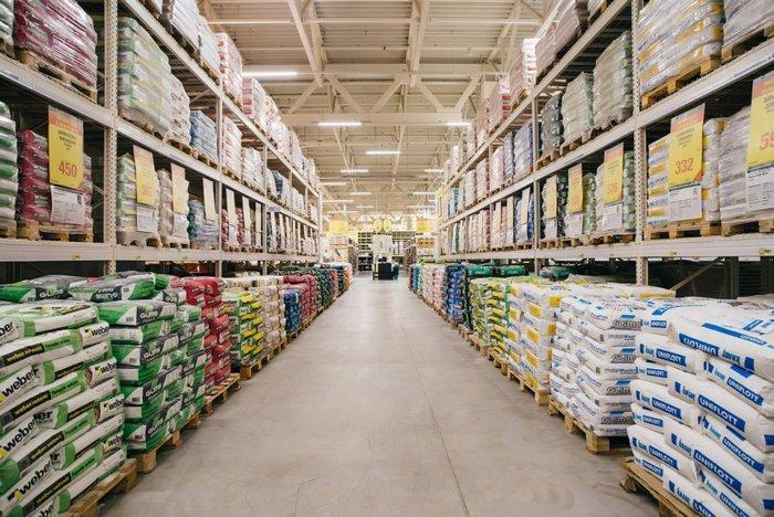 Смеси лучше приоблетать в специализированных строительных магазинах или гипермаркетах