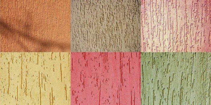 Специфический внешний вид покрытию придает зерно — мелкие камешки