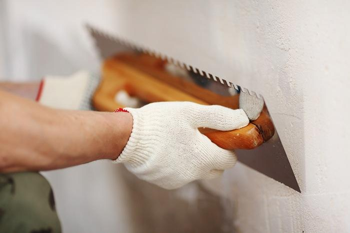 Технология шпаклевания стен под покраску несложна — главное, соблюсти все этапы работы и подобрать правильные материалы
