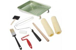 Емкости и инструмент перед каждым замесом тщательно промывают