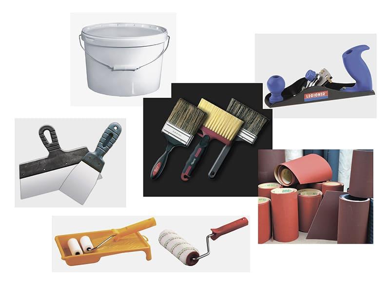 Инструменты должны находиться так, чтобы все необходимое в процессе укладки раствора было под рукой