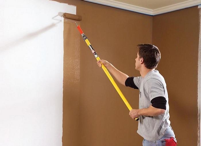 Покраска стен и потолков из гипсокартона – популярный способ отделки поверхности