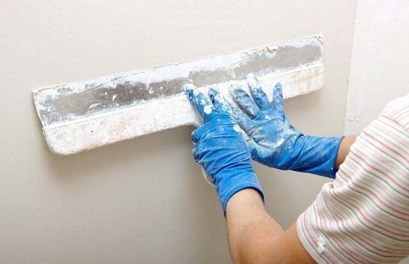 Шпаклевка стен под обои – необходимый этап строительно-отделочных работ