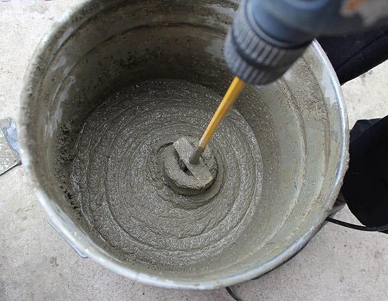 В нормальном растворе соблюдены наилучшие пропорции цемента, песка и воды