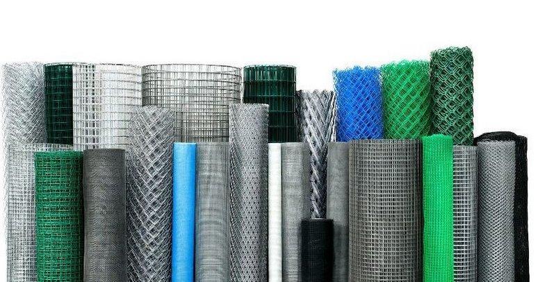 Выбор арматурной сетки зависит от области применения, толщины слоя и вида стенового материала
