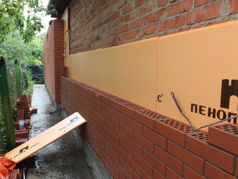 Монтаж ЭППС на кирпичную стену, привидет тепловое сопротивление поверхности к норме