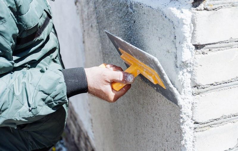 Основным достоинством штукатурки является низкая теплопроводность получаемого покрытия