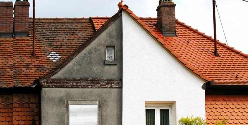 Штукатурка защищает теплоизоляционные материалы на стенах от перепадов температур, осадков и механических повреждений