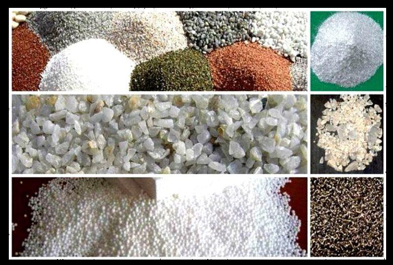 В состав штукатурки входят мраморные и гранитные крошки разных цветов, слюда и кварцевый песок