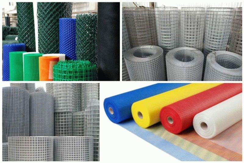 Для укрепления штукатурки чаще всего применяют сетки из пластика или металла