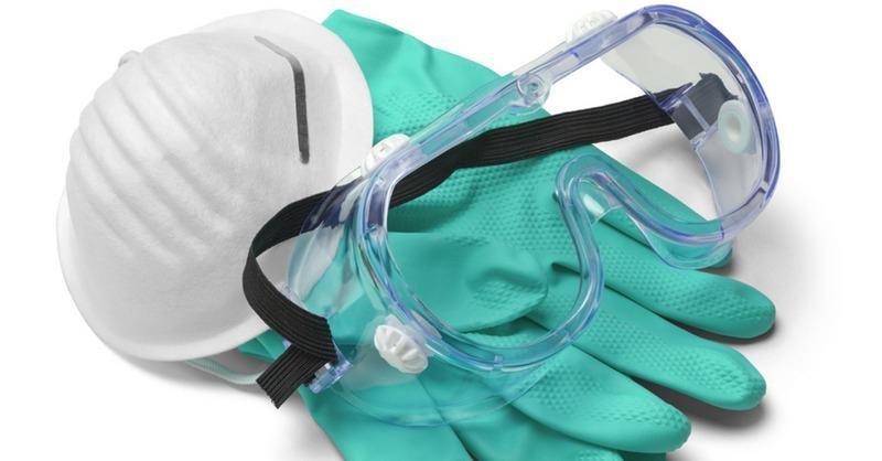 Респиратор и очки— необходимые средства защиты от строительной пыли