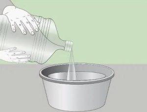 Затем наливают воду в нужной пропорции
