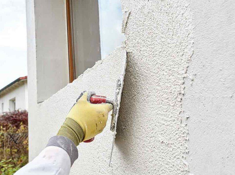 Для отделки наружных стен следует использовать только штукатурную смесь