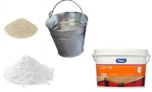Готовят в требуемом количестве воду, цемент, песок и ПВА-клей